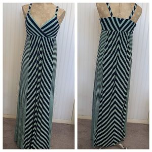 Some knit dress size xsmall side maxi EUC